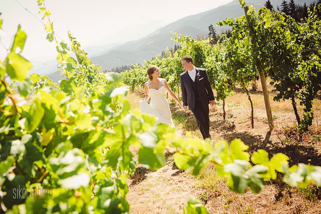 gorge-crest-vineyards-wedding016