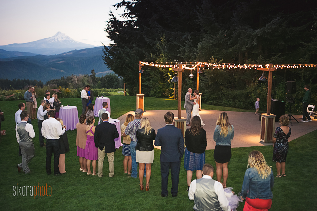 gorge-crest-vineyards-wedding075