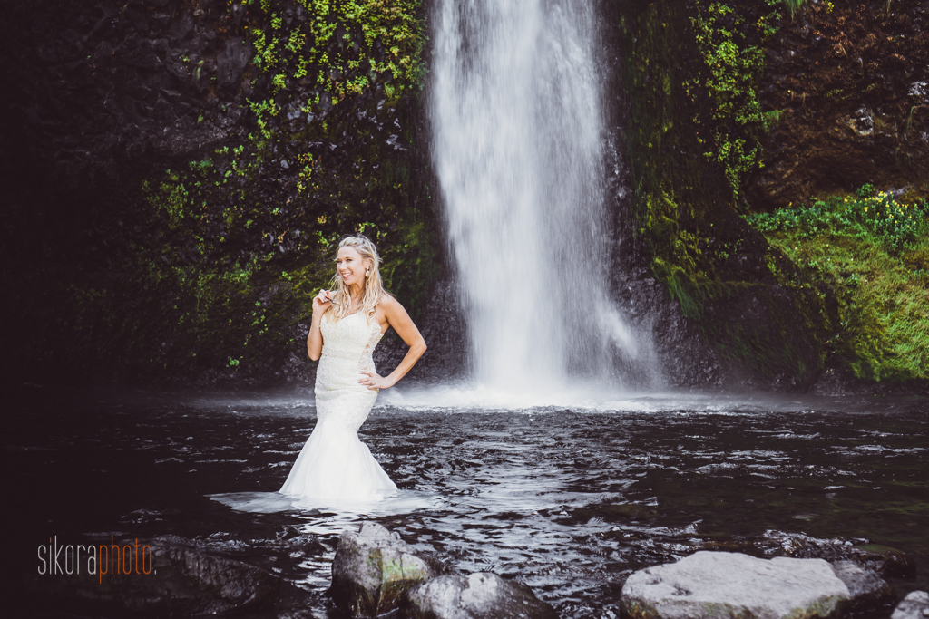 columbia gorge water fall trash the dress-5