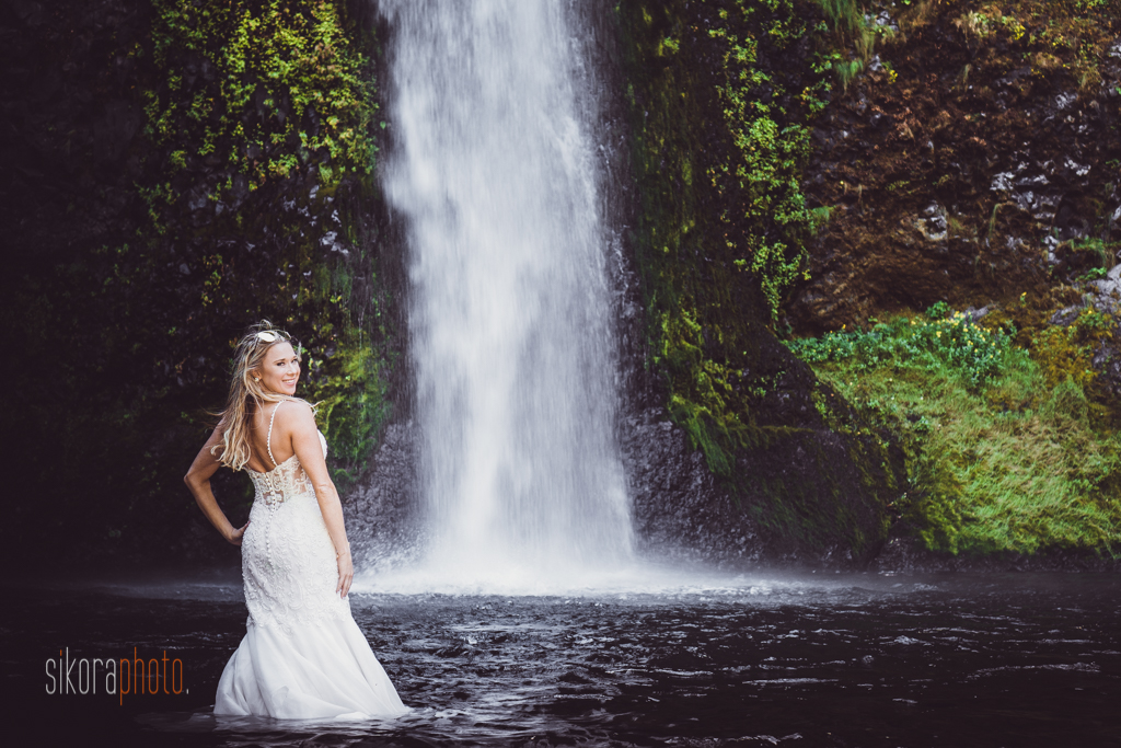columbia gorge water fall trash the dress-7