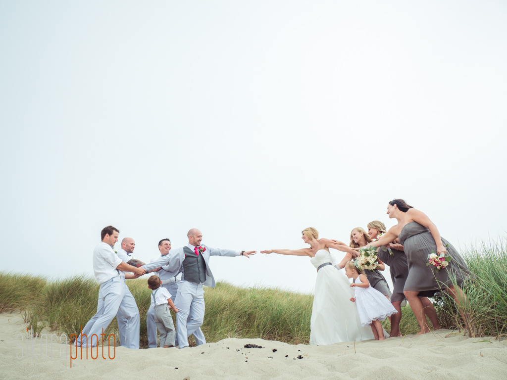 Jolene And Tyler Oregon Beach Wedding 9